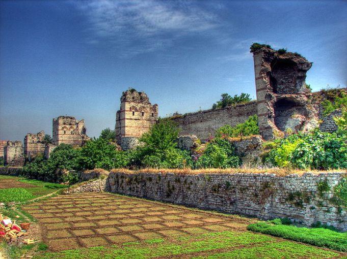 Ruinas de las murallas